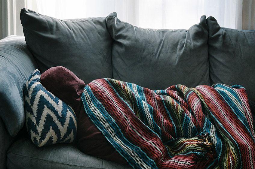 مشکلات و اختلالاتی که بر خواب شما اثر میگذارند