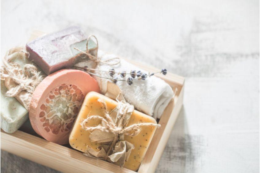 صابون، غیرطبیعیترین ماده برای تمیز کردن پوست