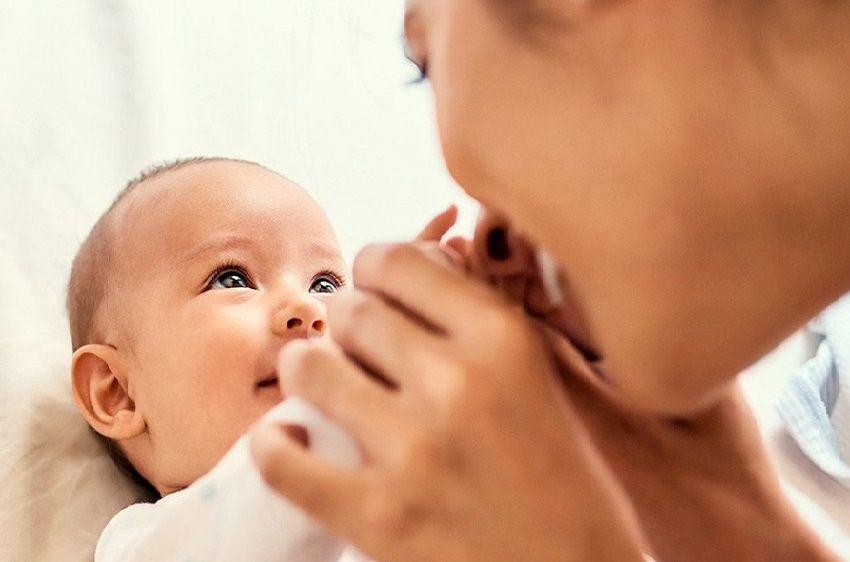 تغذیه در دوران شیردهی: آشنایی با مواد مغذی لازم برای مادر و نوزاد