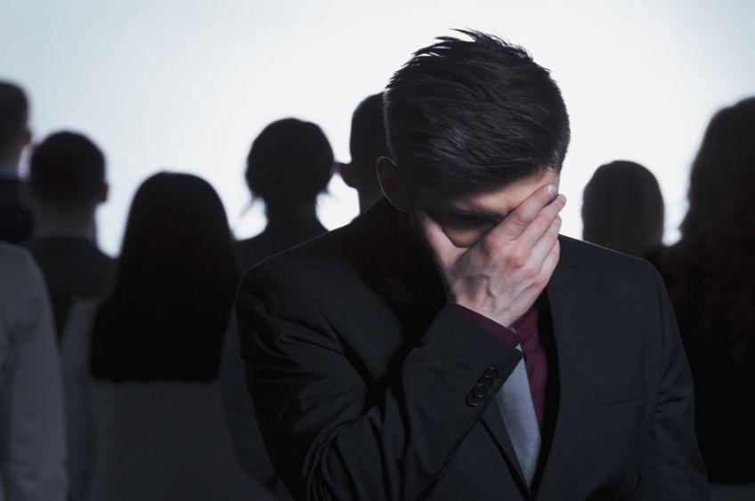 اختلال اضطراب اجتماعی: علائم، دلایل و روشهای درمان این اختلال